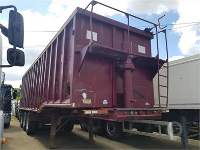 2010 MCCAULEY STEEL TIPPING TRAILER at TruckLocator.ie