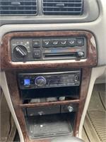 2000 Nissan Altima GXE Car