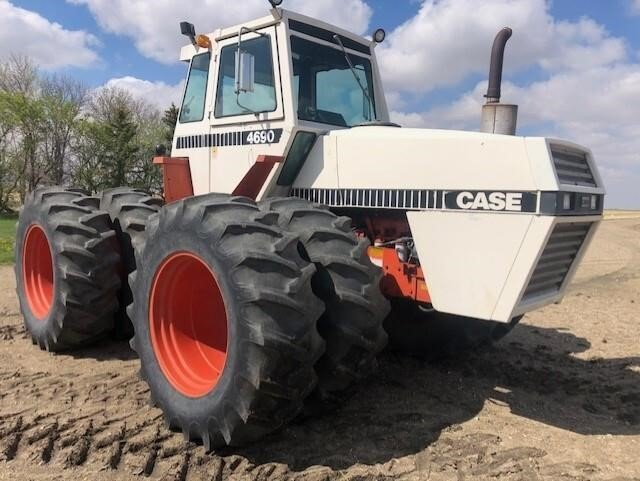 1981 CASE 4690 4wd Tractor, PTO, Factory Duals, 4