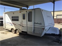 23' 2003 Outback Travel Trailer w/ Pop Out