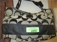 June 6th Mall Community Online Auction