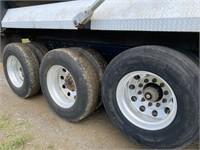 2012 CATCT660S TRI-AXLE DUMP TRUCK