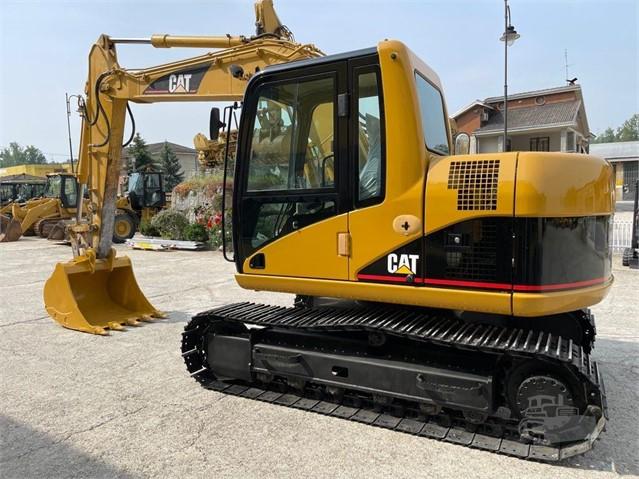 2005 CAT 311C U a www.nord-tractors.it