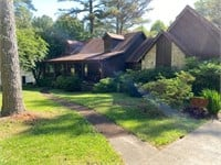 ONLINE REAL ESTATE AUCTION: HOUSE AND 1.1 ACRE LOT