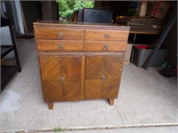 Family Auction on line 26 -  6/09 - 6/13
