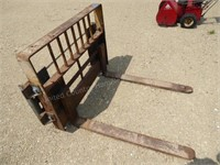 """Pallet forks w/ Quik Attach plate added - 42"""" for"""