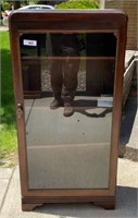 Sun July 11th Vonbehrens Home & Estate Online Only Auction