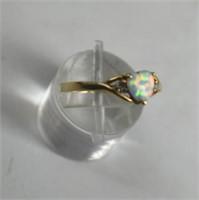10K Fiery  Opal & Diamond Ring Size 7
