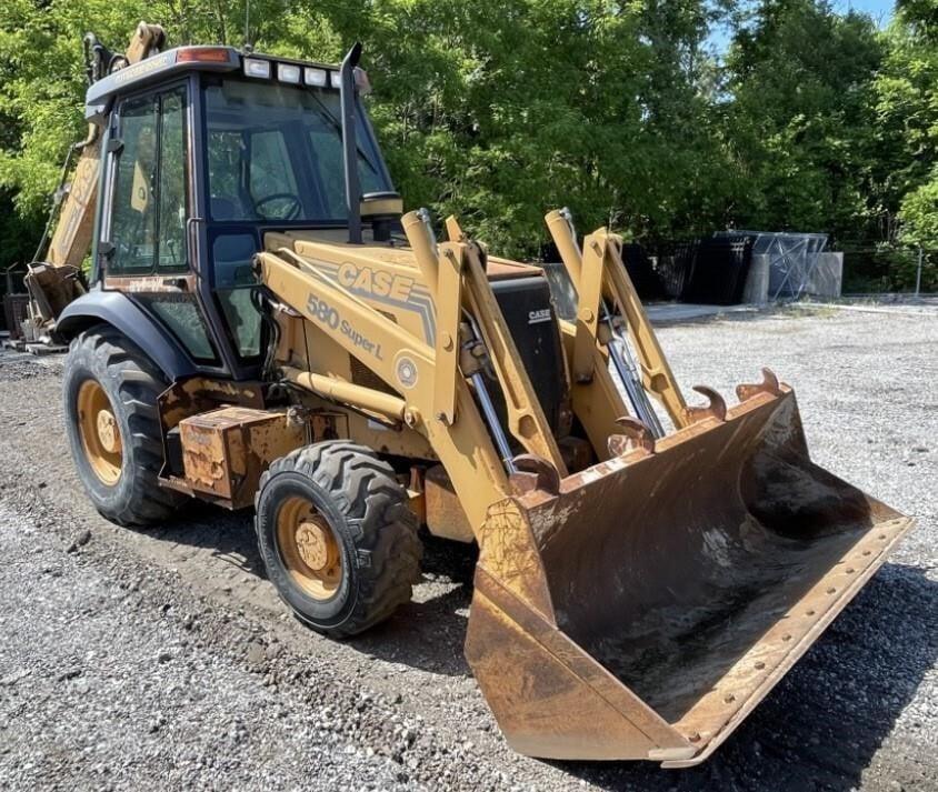 Case 580 Super L Loader Backhoe Tractor