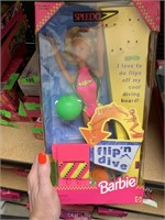 SUNDAY TOY AUCTION MOSTLY BARBIES / GAME SYSTEMS/ STAR WARS