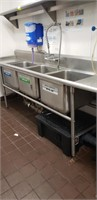 Commercial Kitchen & Caterer