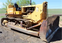 Lot 5002- Allis Chalmers HD 11 Crawler/Dozer   Absentee bidding available on this item. Click catalog tab for more information & pictures.