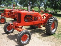 Multi Party Collector Tractor Auction