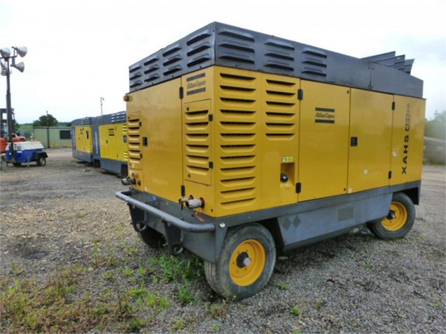 2006 ATLAS COPCO XAHS426CD at www.used-compressors.co.uk