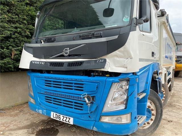 2016 VOLVO FM460 at TruckLocator.ie