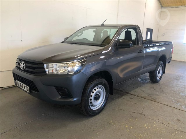 2017 TOYOTA HILUX at TruckLocator.ie