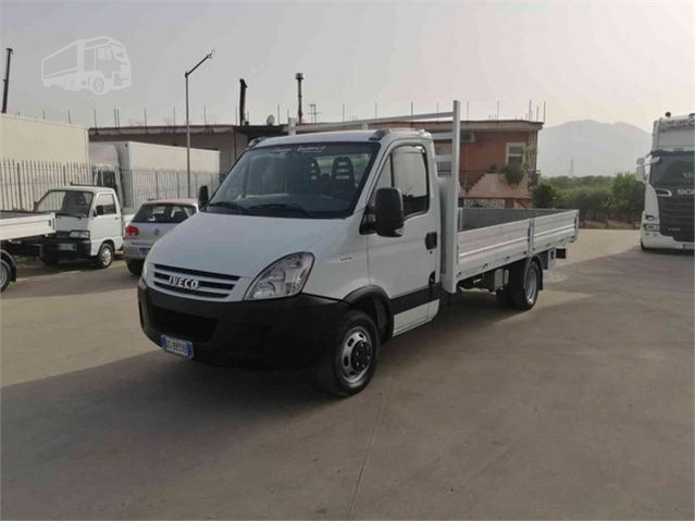 2009 IVECO DAILY 35C18 a cosimosquitieri.it