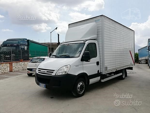 2007 IVECO DAILY 50C18 a cosimosquitieri.it