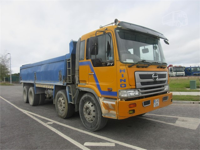 2004 HINO FY at www.firstchoicecommercials.ie